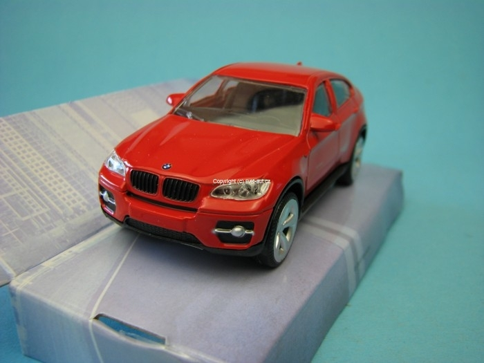 BMW X6 Red 1:43 Mondo Motors